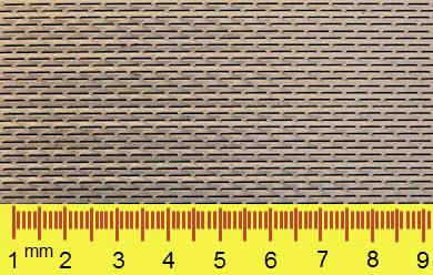 Geponste perforatie, dunne sleufgaten in 0,7 mm dikke plaat [mm]